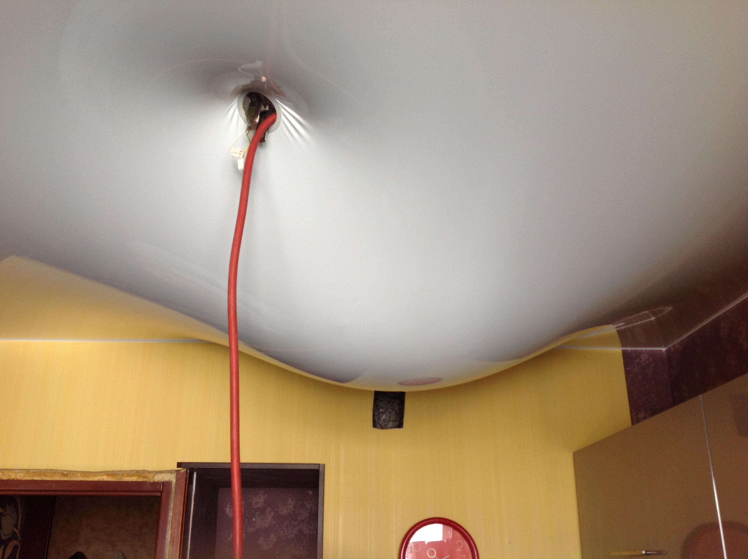 протек потолок